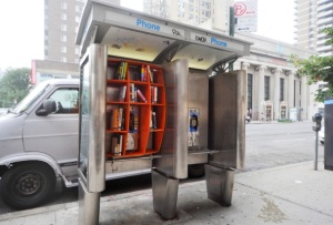 HUB book booth