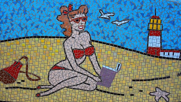 beach babe mosaic